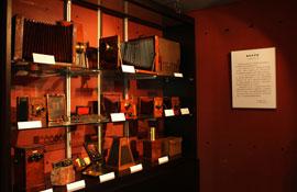 纪念摄影术诞生170周年《老相机的故事》(二)